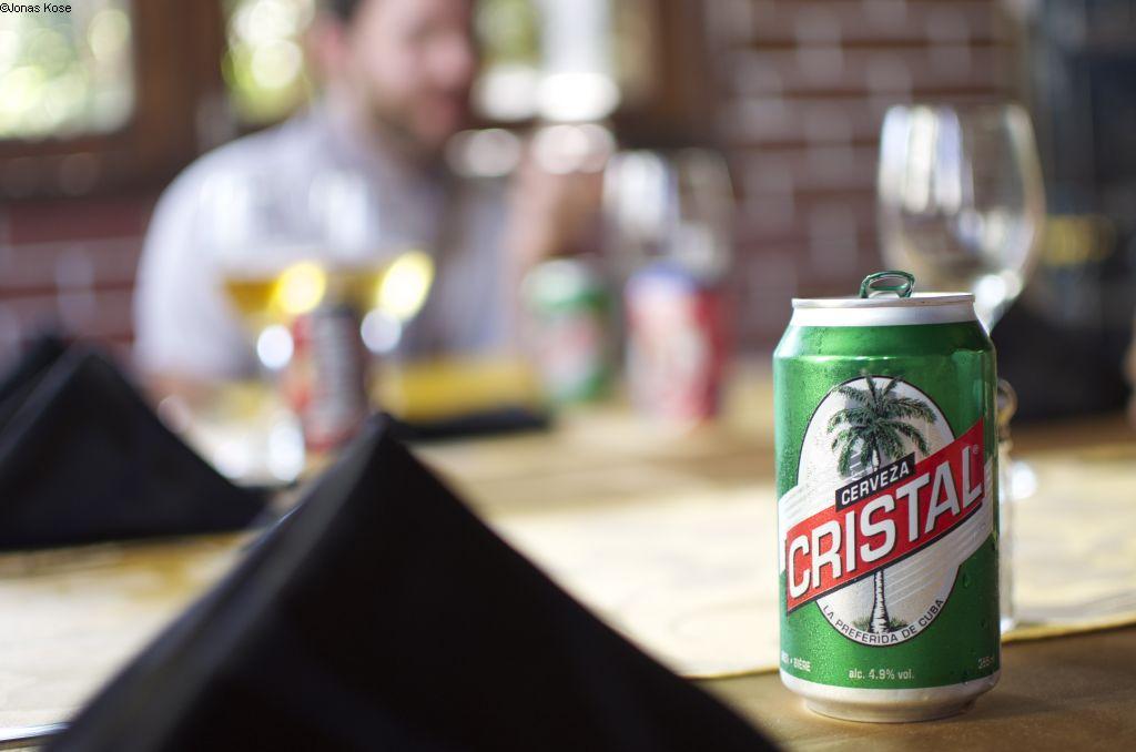 Una Cerveza Cristal