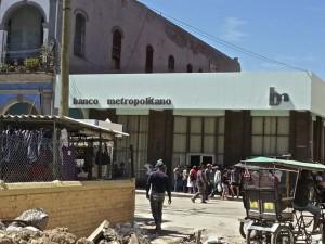 Eine Filiale der Banco Metropolitano in Havanna - mit dem Schuldenschnitt dürfte auch dort nun mehr gehen.