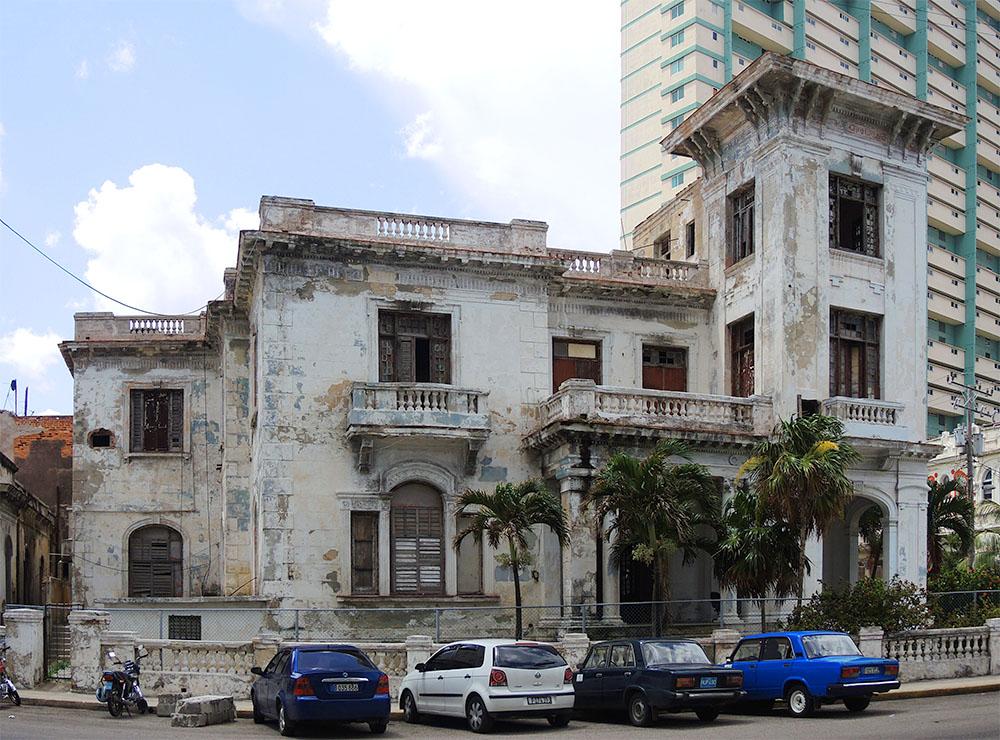 Havanna: Calle Línea gestern und heute