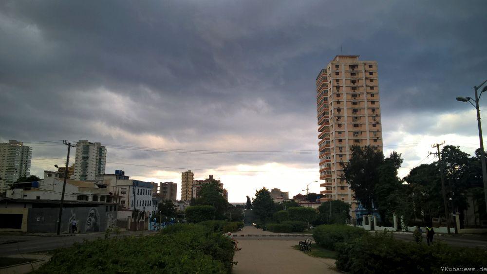 Bild: Blick die Avenida de Los Presidentes herunter