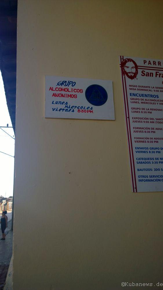 Foto eines Schilds: Anonyme Alkoholiker