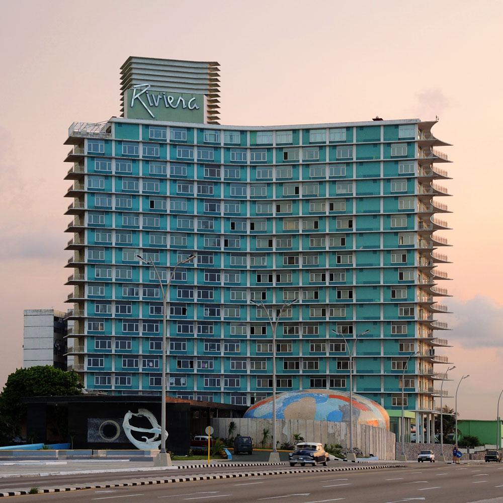 Blick auf das Hotel Riviera vom Malecón