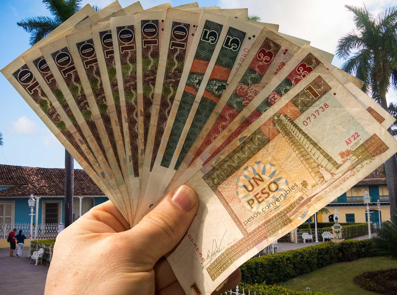 Kubanews: Geldbuendel CUC in Trinidad