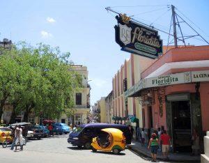 Kubanews: Die Bar Floridita, Außenansicht, Wiege des Daiquirí