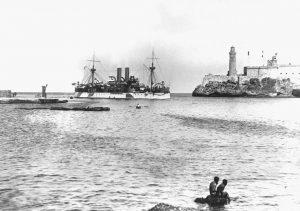 Kubanews : USS Maine entering Havana harbor_HD-SN-99-01929