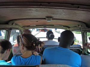 Kubanews: Sammeltaxi in Santa Clara