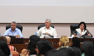 ACN-Diaz-Canel-en-Conferencia-del-Sindicato-de-trabajadores-de-la-cultura-3