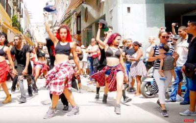 Gente de Zona mit Choreografie von Lía Rodríguez