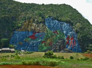 Kubanews: Mural de la Prehistoria Viñales