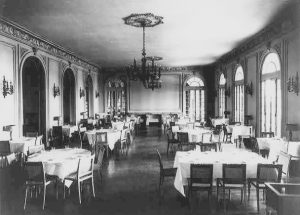 Foto nach 1925: Der Speisesaal des Havana Yacht Club