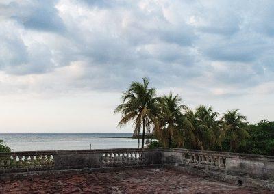 Terrasse der 2. Etage mit Blick auf die Playa La Concha