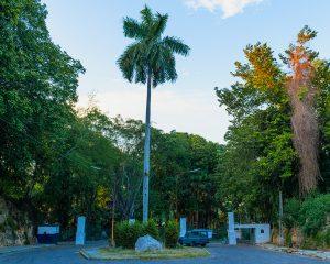 Kubanews: Eingangsbereich für Fahrzeuge zu den Biergärten