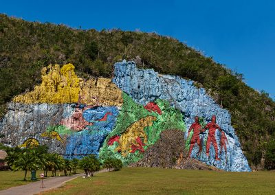 Kubanews: Mural de la Prehistoria, Viñales